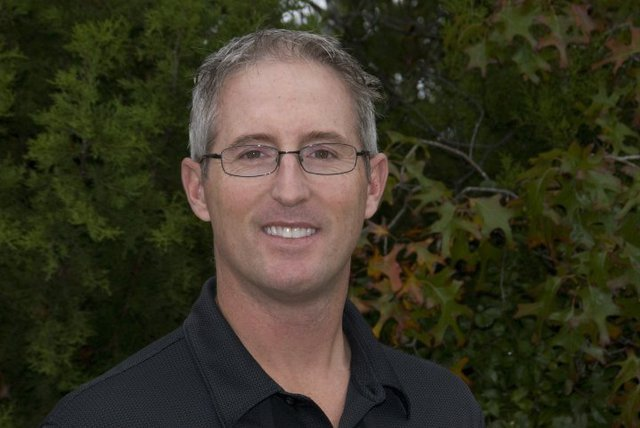 Dr Steven Booth's headshot